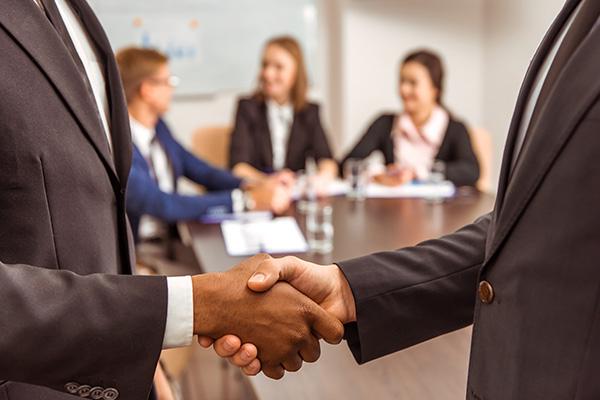 cultural-diversity-handshake